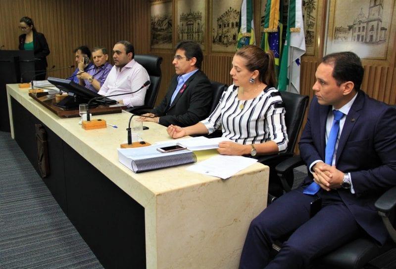 Comissão de Justiça da Câmara de Natal aprova LOA 2020
