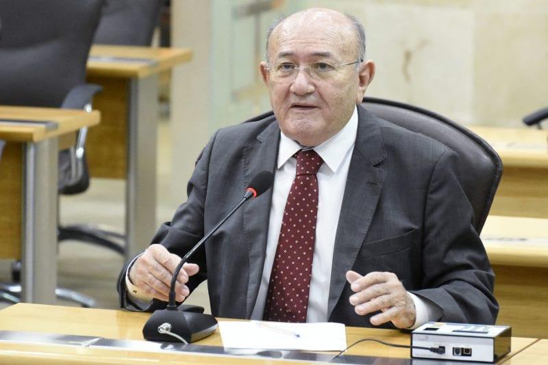 Deputado Vivaldo Costa solicita unidade da CEASA em Caicó