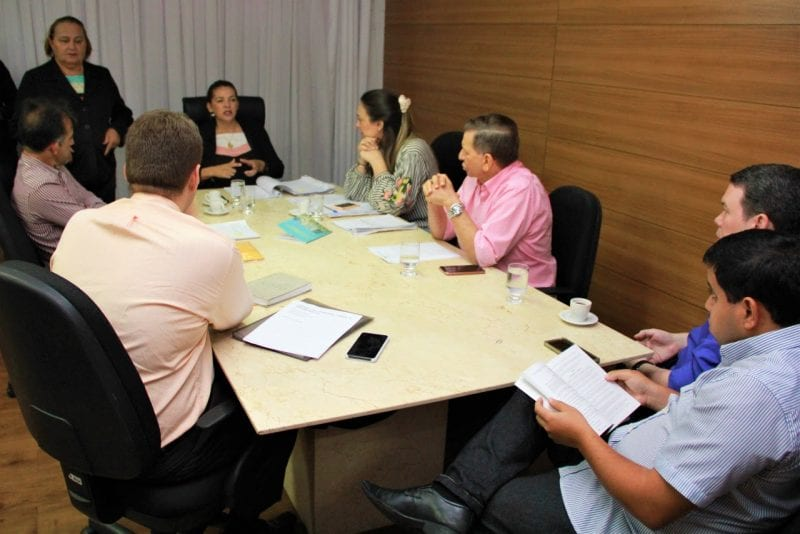 Comissão aprova projeto para criação de central de emprego para pessoas com deficiência