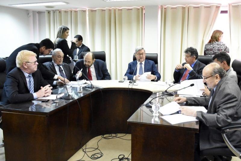 Comissão de Finanças aprova Programa Moto Legal com oito emendas encartadas