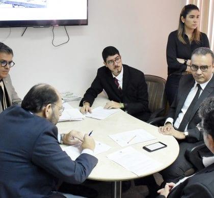 Comissão critica ausência de secretário e vai abrir procedimento administrativo