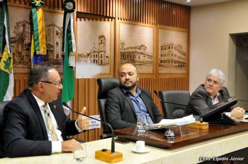 Projeto que prevê uso de energia limpa em semáforos é aprovado em Comissão