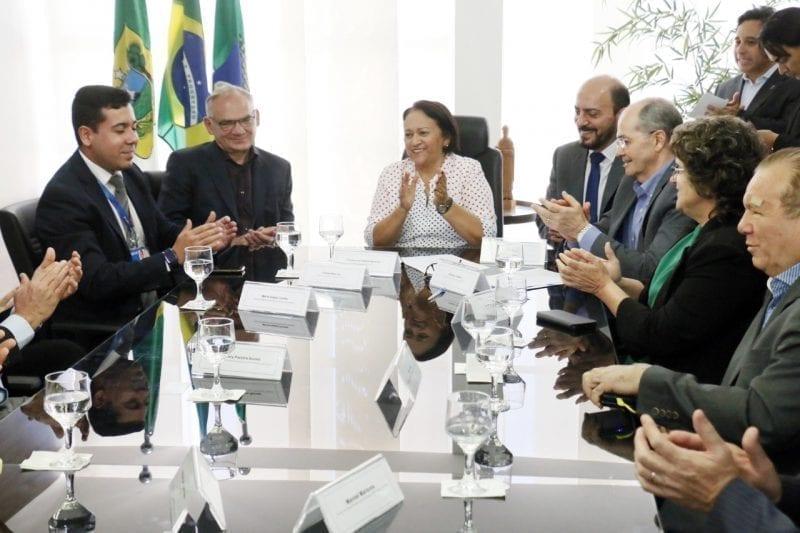 Governo assina ordem de serviço para iluminar o acesso sul que liga ao Aeroporto Aluízio Alves