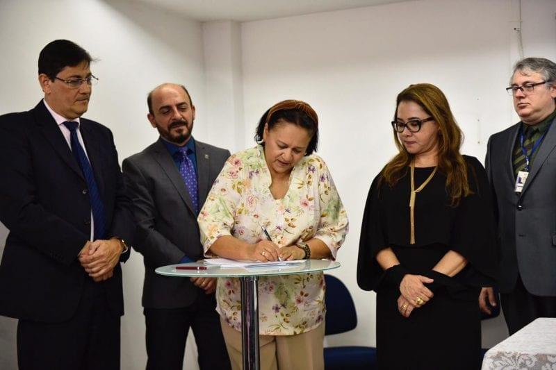 Governo emite decretos e envia à AL projetos de lei de combate à corrupção