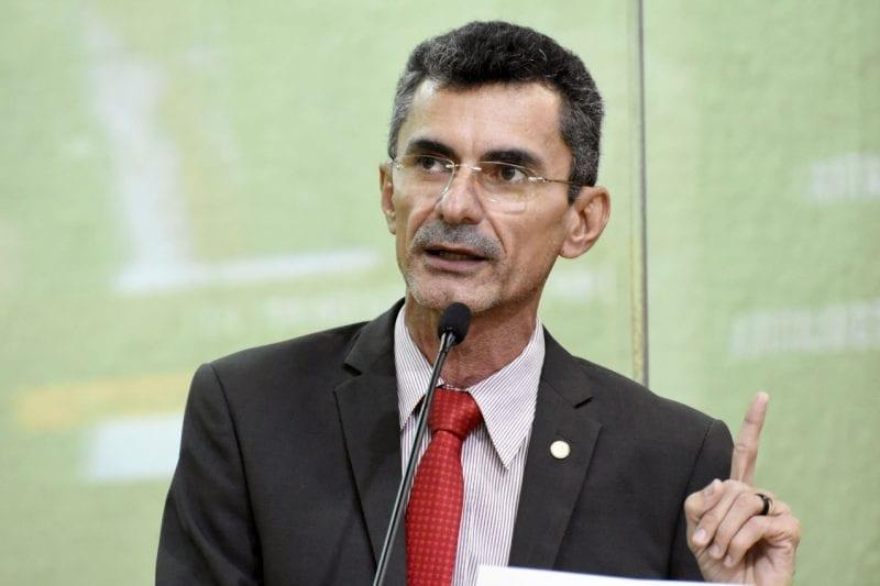 Deputado Francisco do PT critica Governo Federal por acabar com o seguro DPVAT