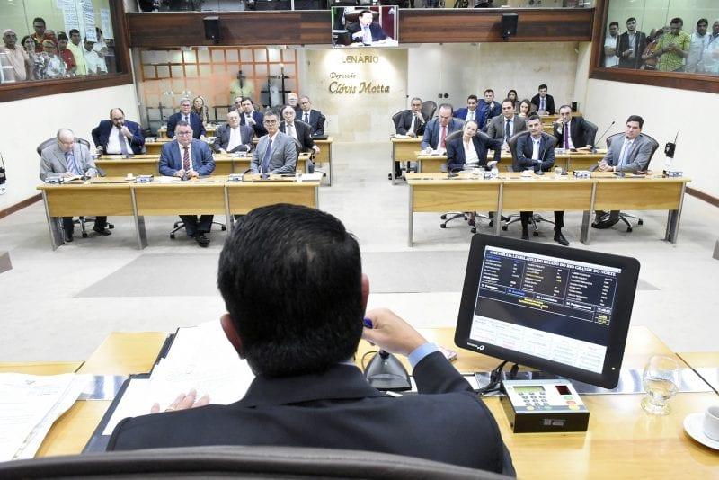 Deputados aprovam Consesp e revisão de subsídios de procuradores e defensores públicos