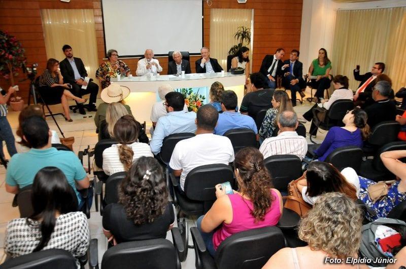 Secretários municipais prestam esclarecimentos na Comissão de Saúde da Câmara