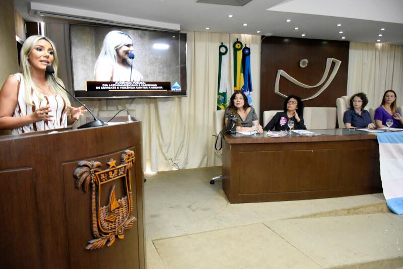 Audiência pública debate políticas de enfrentamento a violência contra a mulher