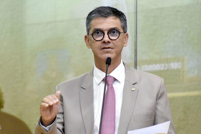 Deputado Coronel Azevedo questiona ações dos sindicatos em defesa do servidor