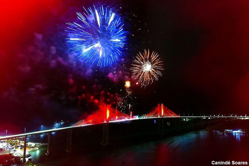 Prefeitura do Natal promove shows pirotécnicos na Via Costeira e Ponte Newton Navarro