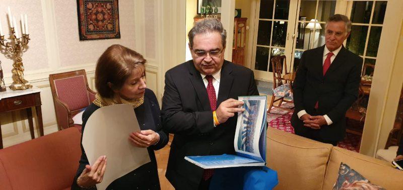 Embaixadora da Holanda garante ao prefeito Álvaro Dias apoio para permanência de voo para Natal