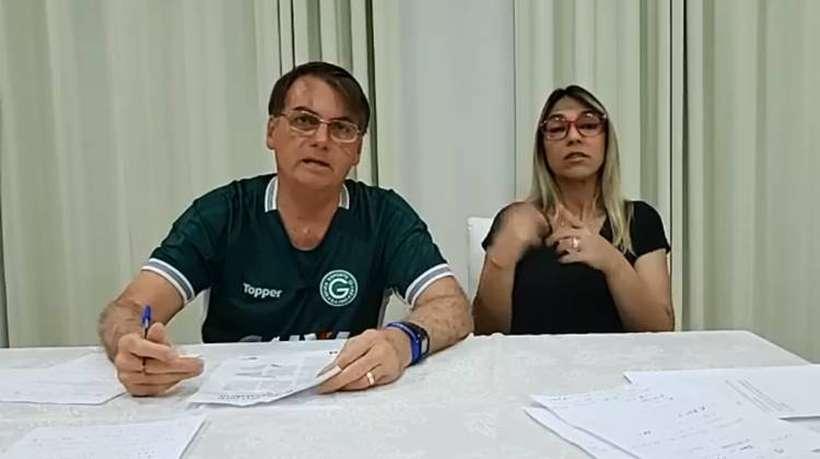 Bolsonaro cogita apresentar novo projeto com mudanças para CNH