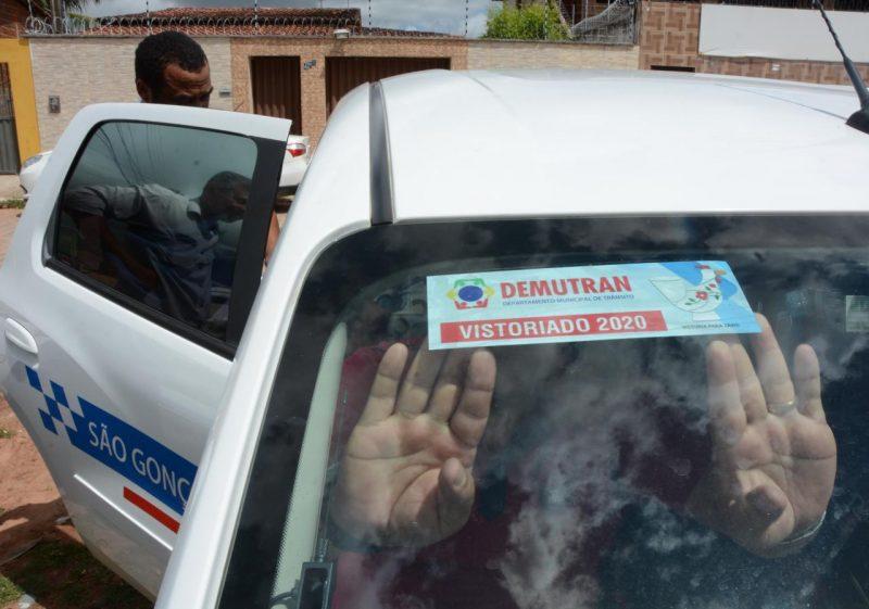 Departamento Municipal de Trânsito realiza vistoria de táxis em São Gonçalo do Amarante