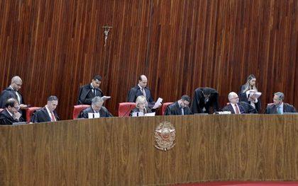 Filho de desembargador de TJ não pode ser indicado a vaga de jurista titular de Corte Eleitoral, reafirma TSE