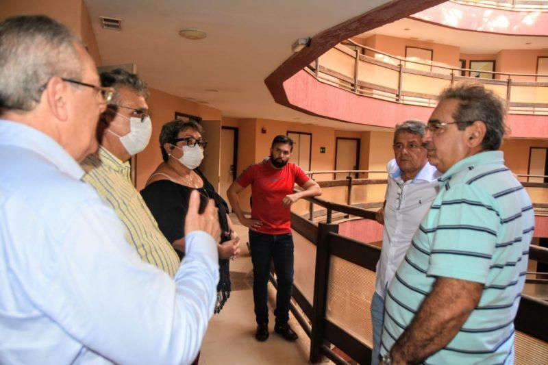 Prefeito propõe instalar hospital de campanha no antigo Hotel Parque da Costeira