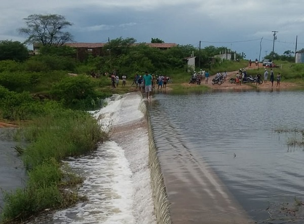Chuvas levam aporte hídrico a reservatórios potiguares