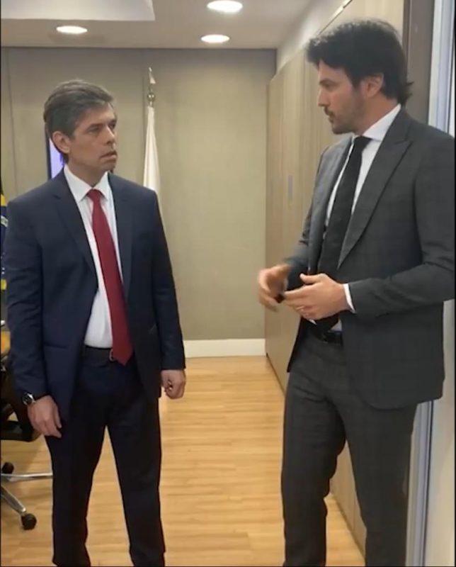 Deputado Fábio Faria pede a Teich liberação de respiradores e testes para RN