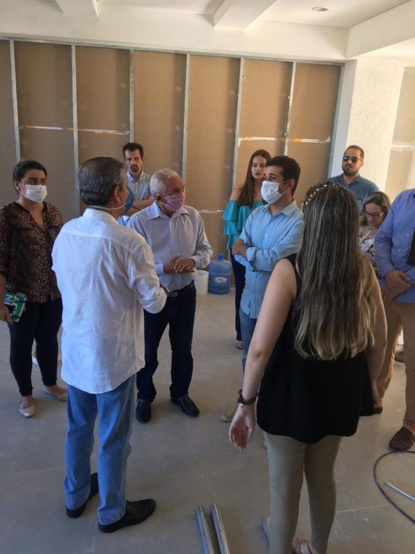 Vereadores visitam hospital de campanha que receberá pacientes com coronavírus em Natal