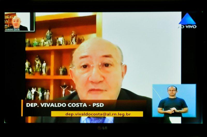 Deputado Vivaldo Costa solicita que seja implantado no RN sistema drive-thru para testes de Covid-19