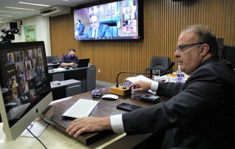 Câmara aprova projeto que suspende corte de fornecimento de água e luz durante pandemia