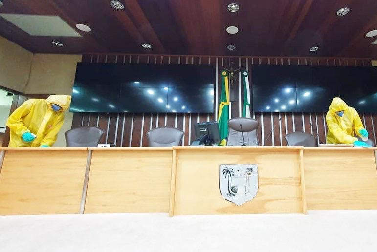 Prédio da Assembleia Legislativa passa por desinfecção
