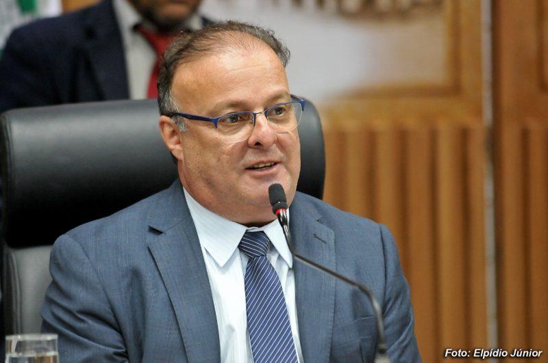Lei de autoria do vereador Paulinho Freire assegura vacinação domiciliar de pessoas com deficiência motora em Natal