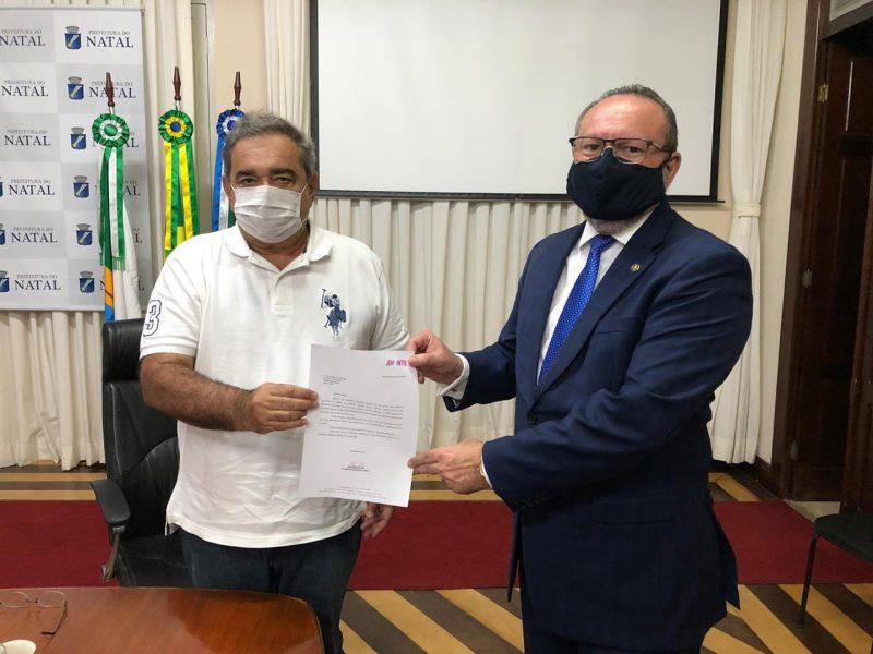 Vereador Raniere Barbosa viabiliza 700 mil em recursos federais para o combate à covid-19 em Natal