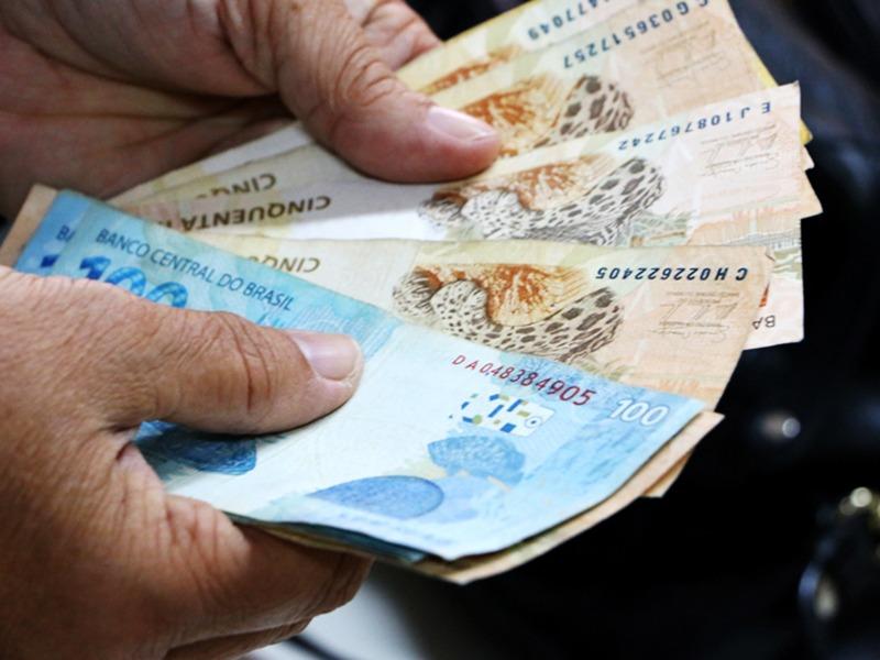 Governo conclui pagamento de junho nesta terça-feira
