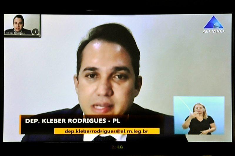 Projeto de Kleber Rodrigues obriga condomínios a implantarem telas de proteção para crianças