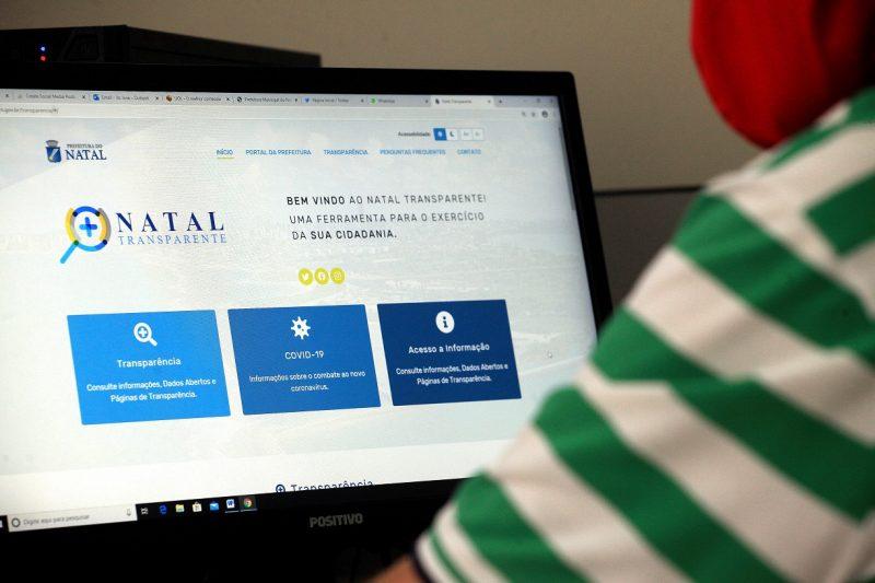 20/07/2020 - PREFEITURA DO NATAL - Portal da Transparencia da prefeitura do Natal - Foto: Alex Régis