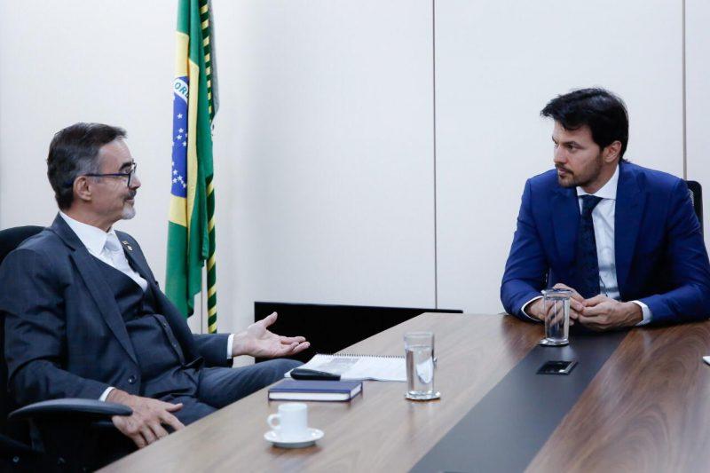 Ministro das Comunicações recebe Agência Espacial Brasileira