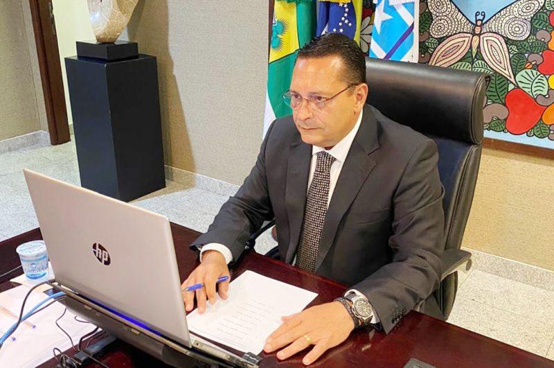 Deputado Ezequiel Ferreira solicita recuperação de estradas nas regiões Potengi e Oeste do RN