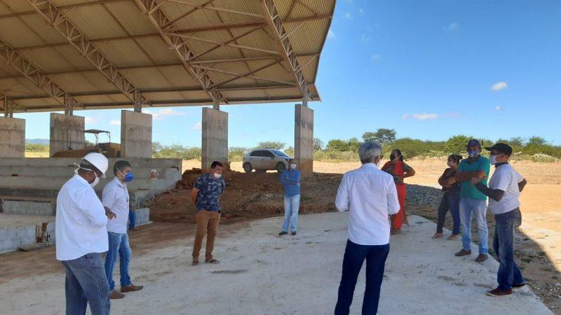 Secretário de Recursos Hídricos visita nova comunidade de Barra de Santanna