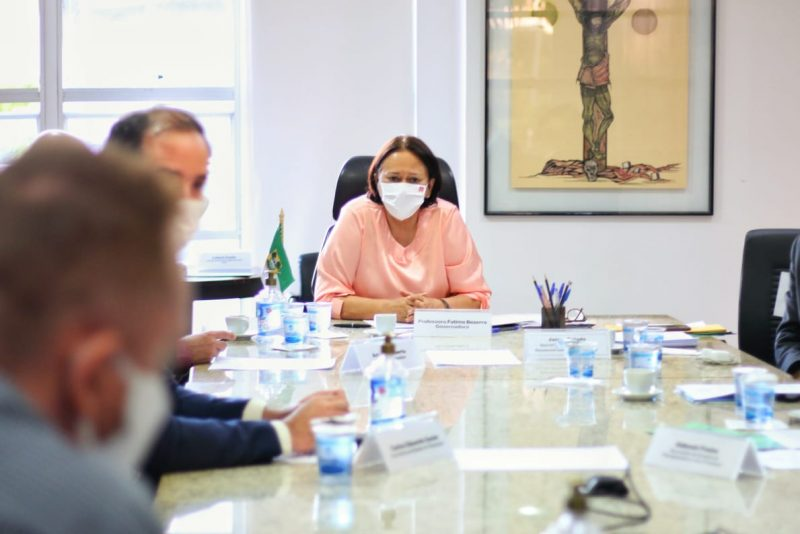 Governadora sugere à Petrobras criação de grupo de trabalho para discutir processo de transição