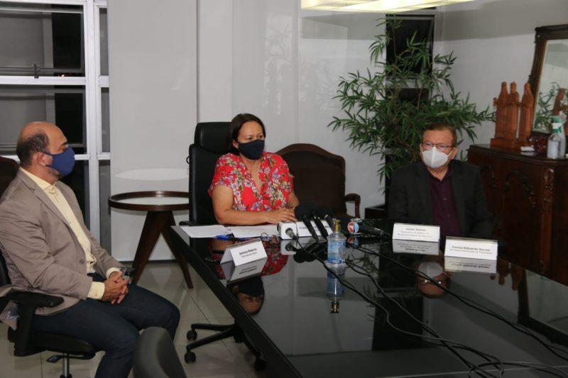 Governadora reúne imprensa para tratar da saída da Petrobras do RN e os impactos para a economia do Estado