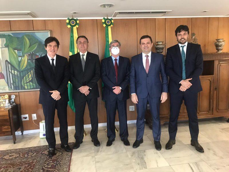 Deputado Tomba  Farias é recebido por Jair Bolsonaro e encaminha em Brasília pleitos de obras de infraestrutura para o Trairi e Agreste
