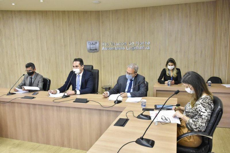 CCJ da Assembleia aprova projeto que permite o recebimento de cartões de crédito pelos órgãos estaduais